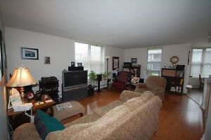 Fantastic 2 Bedroom, 2 Bath at the Waterford Suites! Avail. NOW