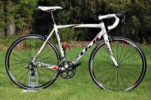 Fuji Roubaix Road Bike 2013 model Pakenham Cardinia Area Preview