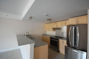Beautiful Waterford  2 Level Townhouse, 2 Bed/1.5 Bath AVAIL Jan