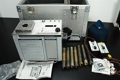 Omega Dry Block Temperature Calibrator Cl-700a 120v
