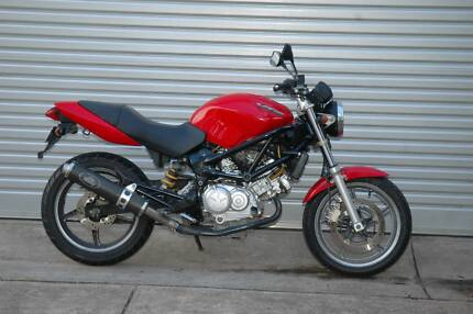 Honda VTR250, 6 month warranty, pipe, tidy example for its age