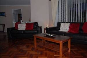 Leather Lounge Excellent Condition Connolly Joondalup Area Preview
