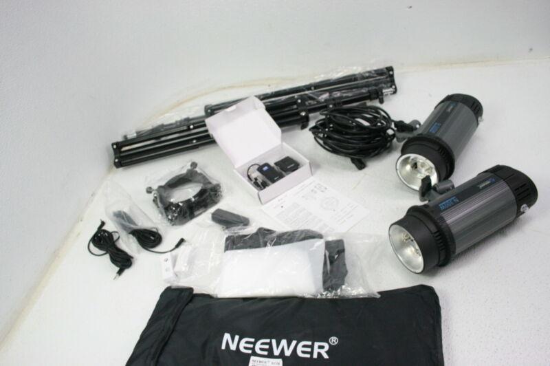 Neewer 90091106 Photo Studio Strobe Flash Light Softbox Kit 300W Monolight