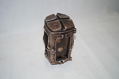 Grablampe, Grableuchte, Grablaterne aus Bronze Schneider