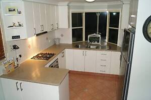 Complete Kitchen Including Cabinets and Laminate Benchtop Warrimoo Blue Mountains Preview