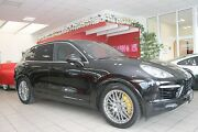 Porsche Cayenne Turbo PDCC, Rear-Entertain, ACC, PCCB,TV