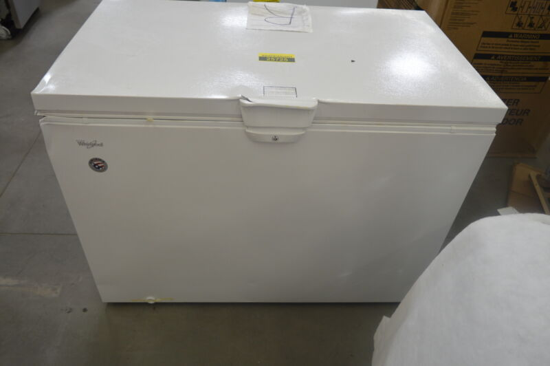 Whirlpool 14.8 Cu. Ft. Chest Freezer White WZC3115DW