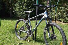 Mountain Bikes Giant Talon Men's and Women's Wollongong 2500 Wollongong Area Preview