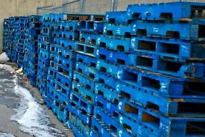 Blue shipping pallets & skids ( Limited Quantity Available!!! )