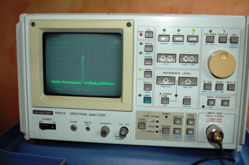 Advantest R4131A Spectrum Analyzer (Rohde and Schwartz)