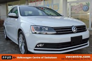 2015 Volkswagen Jetta 2.0 TDI Highline Heated seats, keyless...