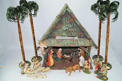 schöne alte Weihnachtskrippe Krippe Krippenfiguren Gips Masse Weihnachten Deko