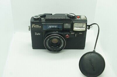 Flash Fujica AF point and shoot 35mm film camera from Japan, C01573