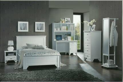NEW DESK (AVAILABLE WITH HUTCH TOO)  IN WHITE payment plans avail Southport Gold Coast City Preview