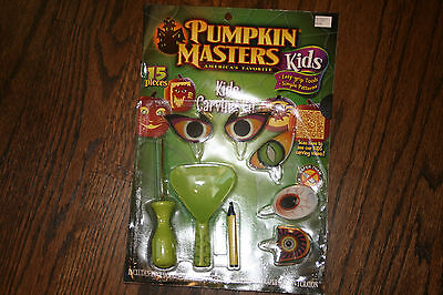 Easy Halloween Carving Pumpkins (Pumpkin Masters Kids Carving Kit for Pumpkins 15 Pieces Easy Grip Tools)
