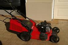 Self Propelled Lawn Mower with a 4 stroke Engine Seaforth Manly Area Preview
