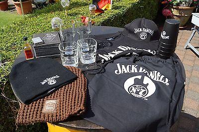 Jack Daniels  Sammler Paket   Mützen Feuerzeug T-Shirt Stoff Beutel Fire Becher