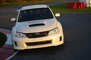 2013 Subaru wrx sti no accident clean low mileage