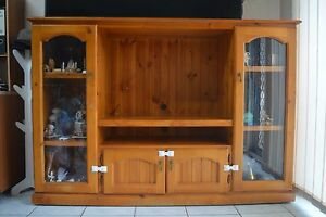 Wooden Display Cabinet/Entertainment Unit Westmead Parramatta Area Preview