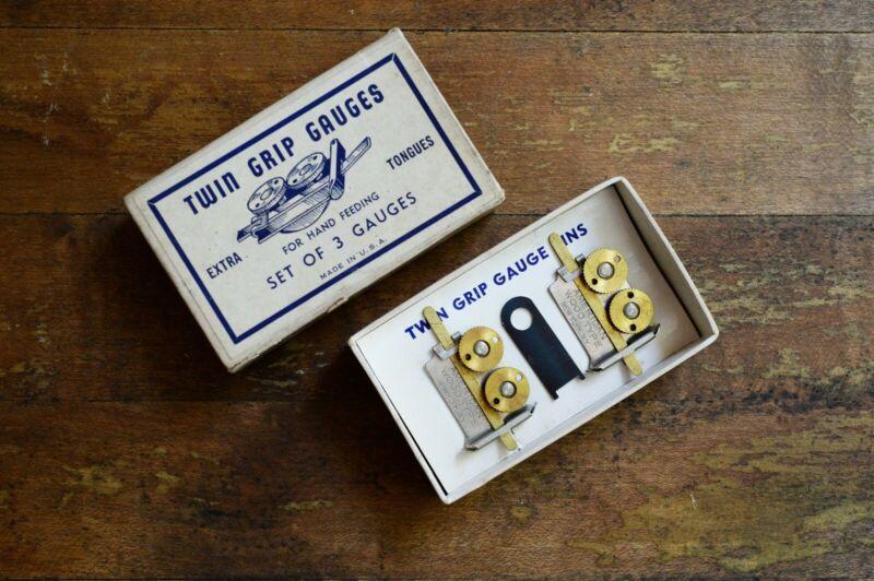 Vintage twin grip letterpress gauge pins - printing - new in box - set of 3