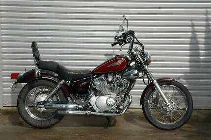 2000 Yamaha XV250, 6 month warranty, low km for its age, backrest