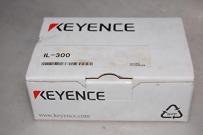 Keyence Il-300 Laser Sensor
