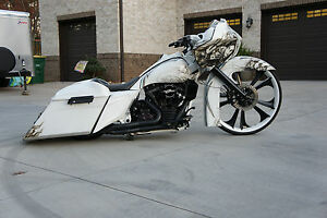Custom-30-Road-Glide-Bagger-Best-of-everything-198-HP