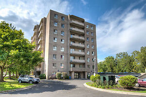 Huge Renovated Two Bedroom Suites - New Kitchens and Flooring! London Ontario image 10