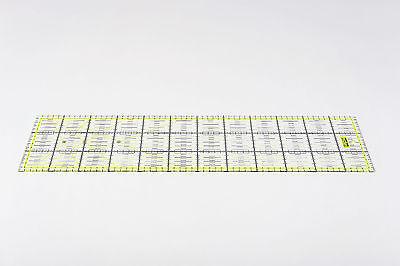 Gelbes Patchwork Lineal 60x15cm mit Zentimeterraster