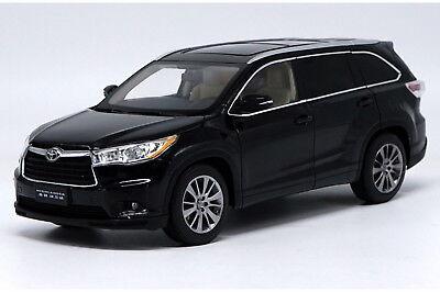 1/18 Scale Toyota Highlander 2015 Black Diecast Car Model Dealer Edition