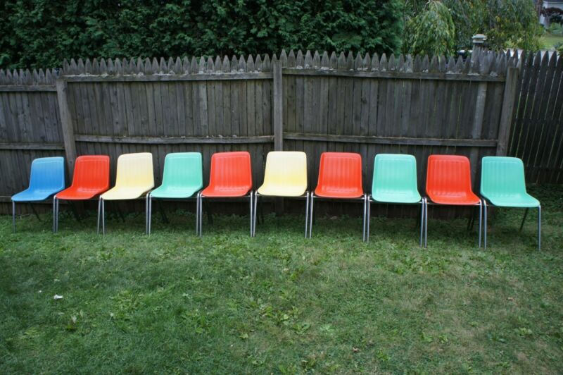 10 Vintage Stacking Shell Chairs/Columbia Mfg./1970