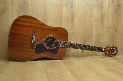 7fba78e647dde Guild Acoustic Guitar Dreadnought D-125NAT in Black Gator Case