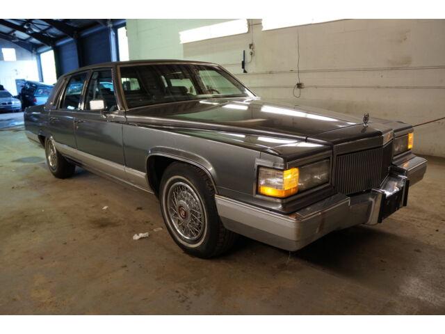 Imagen 1 de Cadillac Fleetwood gray