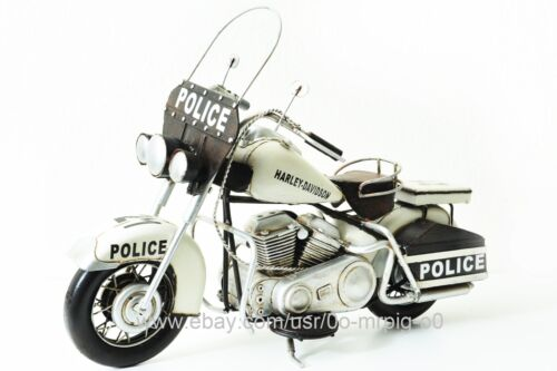 Handmade 1976 White Harley-Davidson Police Motorcycle 1:8 Antique Metal Model