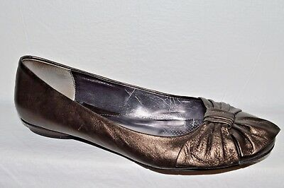 CIAO BELLA SZ 9 M PEWTER LEATHER BALLET FLATS