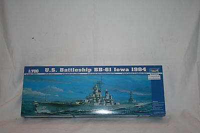 TRUMPETER 1:700 05701 U.S. Battleship BB-61 Iowa 1984