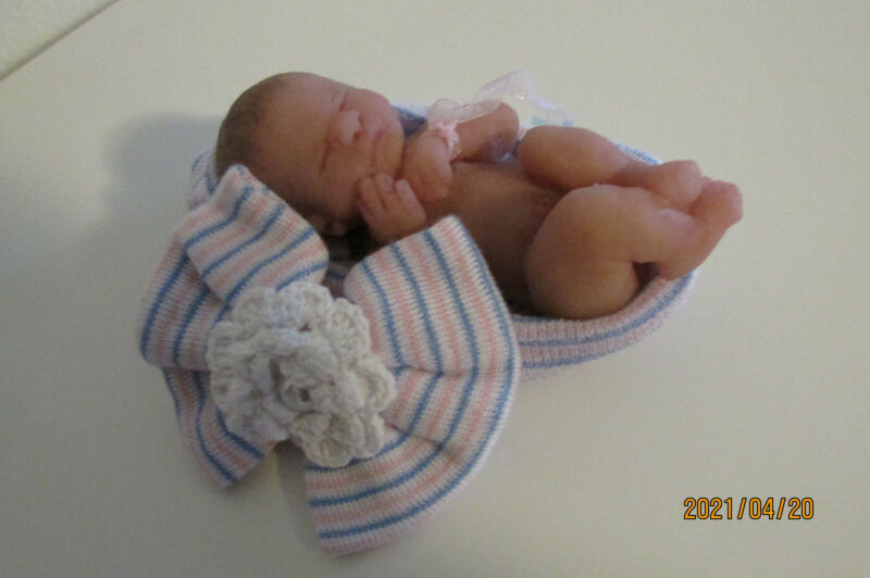 micro preemie silicone baby