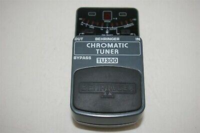 Behringer TU300 Chromatic Tuner Guitar/Bass Pedal TESTED