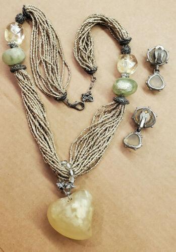 vintage maya evangelista necklace Silvertone beads Green Resin