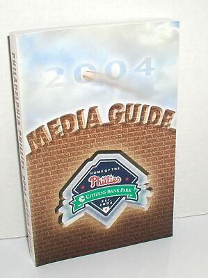 2004 Philadelphia Phillies Official Baseball Media Guide 1St Year Citizens Bank