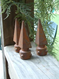 TEN-SPIKED-SPEAR-FINIALS-Iron-Cast-Wrought-Garden-Fence