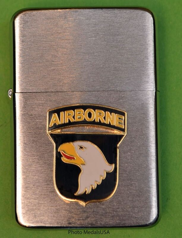 101st AIRBORNE DIVISION WIND PROOF PREMIUM LIGHTER IN A GIFT BOX  ARMY