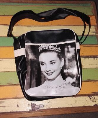 L18 Tasche Motiv Schultertasche Messenger Umhängetasche Audrey Hepburn ()