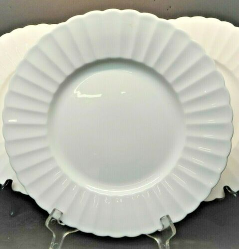 White Flute Bone China by SUSIE COOPER 1 Dinner Plate