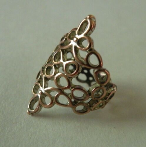 Vintage Openwork Long Copper over Silver   or vice versa   Ornate Metal Ring