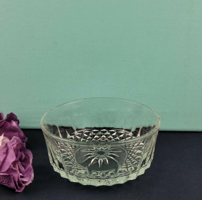 Arcoroc France Clear Glass Bowl