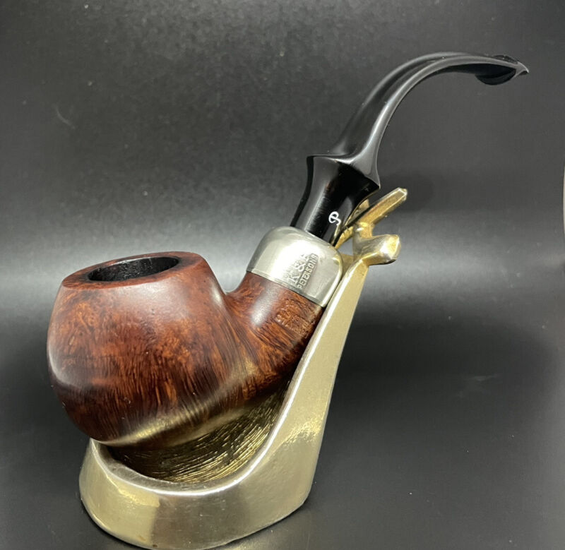 Peterson 303! Outstanding Gorgeous System Estate Pipe in Great Condition