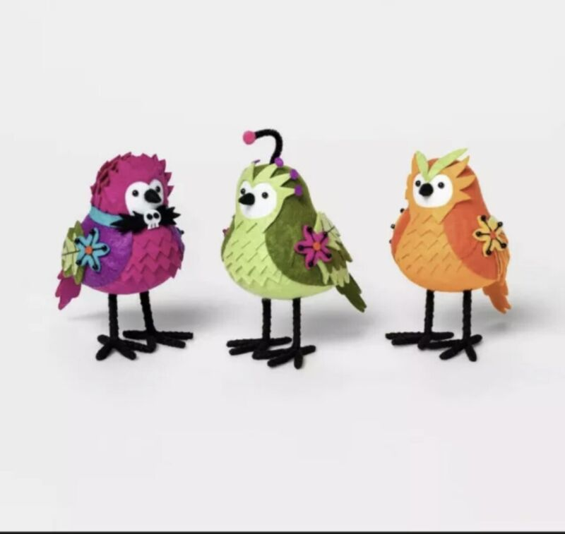 Set Of 3 Featherly Friends Ghoulish Garden Birds Halloween Figurine Hyde And Eek