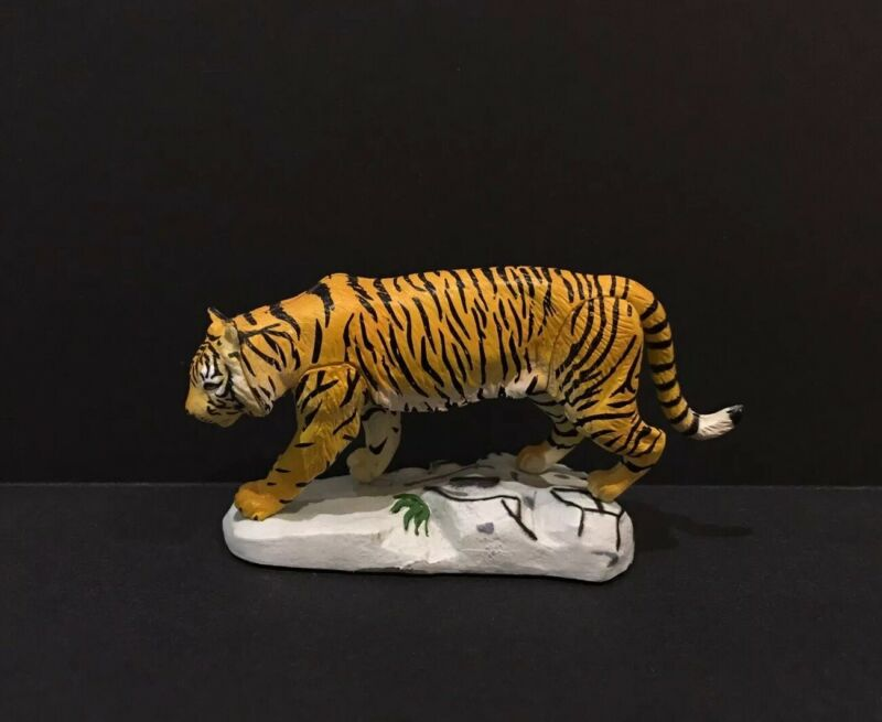 RARE Kaiyodo Red Data Amur Tiger Siberian Tiger Animal Figure
