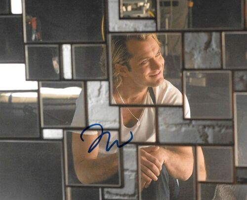 * JUDE LAW * signed autographed 8x10 photo * SLEUTH * COA * 1